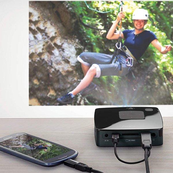 Philips-Picopix-PPX3411-smartphone